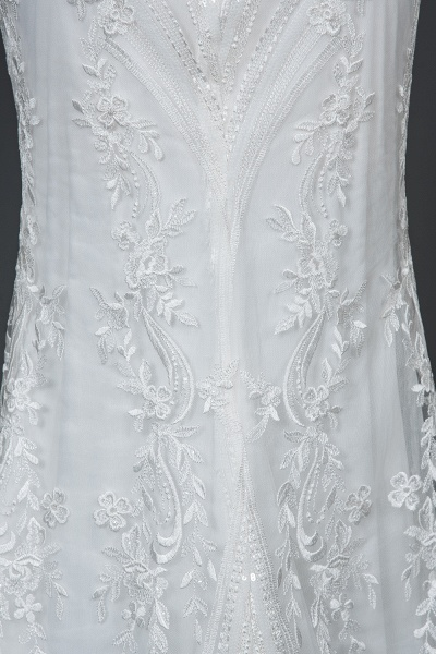 CPH248 Gergrous Lace Cap Sleeve Sheath Wedding Dress With Detachable Train_4