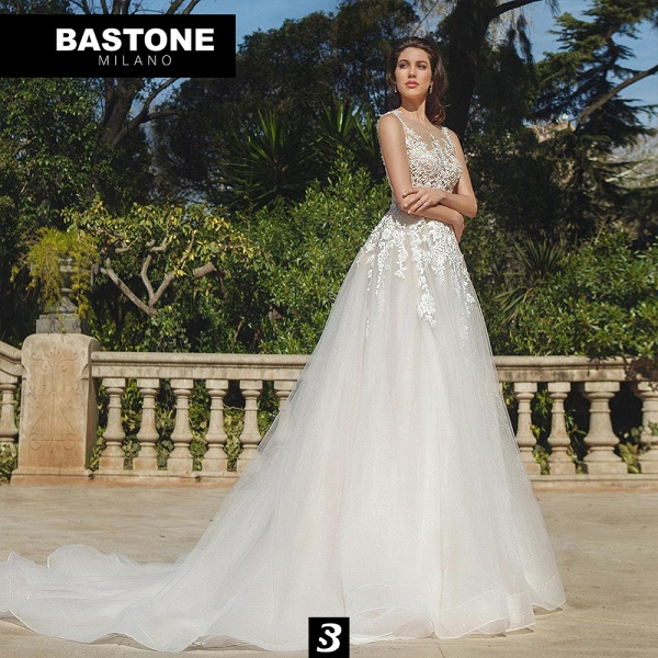 IC137L Wedding Dresses A Line Innocenza Collection_1