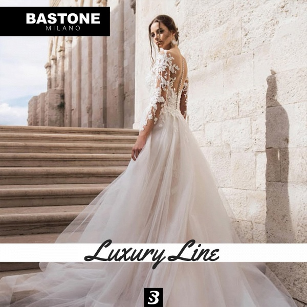 LL038L Wedding Dresses 2 in 1 Luxury Line_4