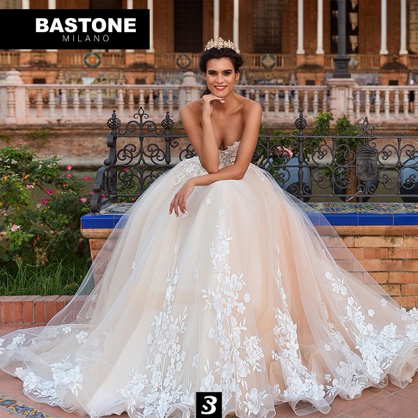 IC142L Wedding Dresses A Line Innocenza Collection_1