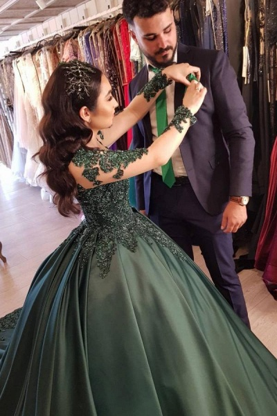 Elegant Long Ball Gown Prom dresses with Sleeves