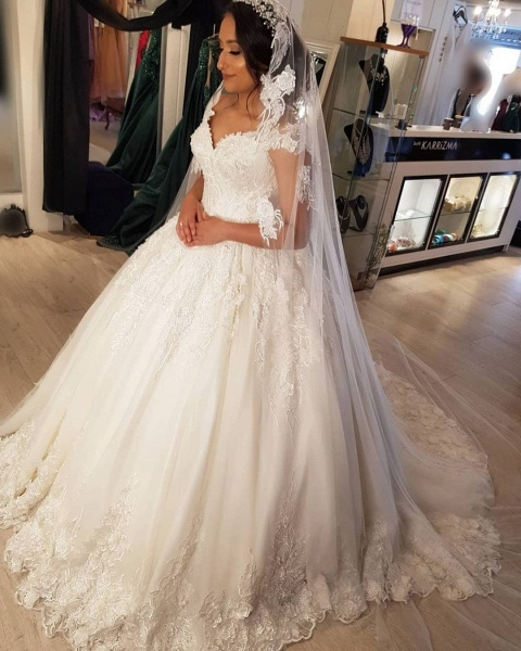 Beautiful Long Princess Off the Shoulder Lace Wedding Dresses_3