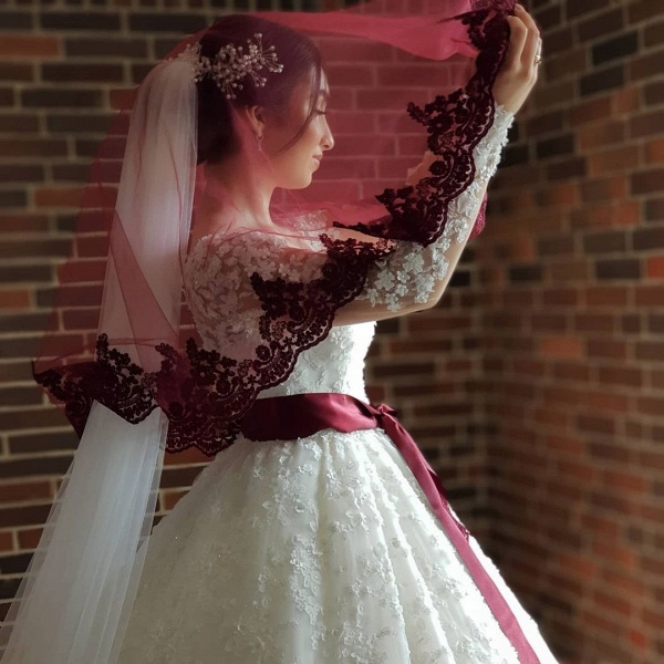 Elegant Princess Long Sleeves Lace Wedding Dresses_4