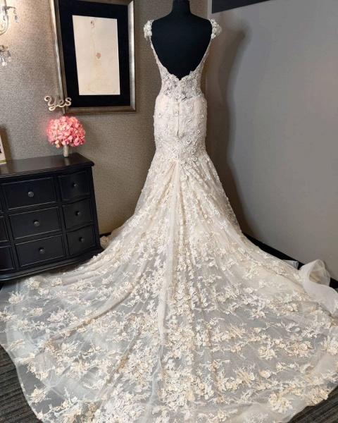 Luxury Mermaid Sweetheart Backless Lace Wedding Dress_2