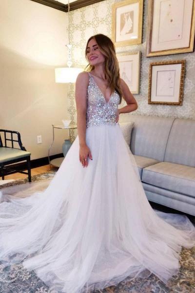 Vintage A-Line V-neck Tulle Open Back Wedding Dress