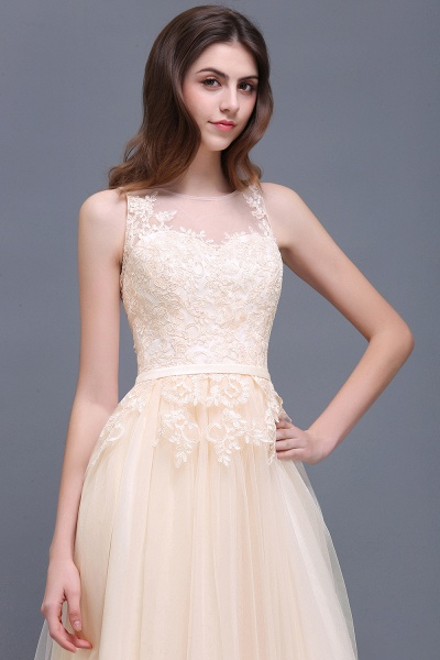A-line Floor-Length Tulle Bridesmaid Dress With Lace_10