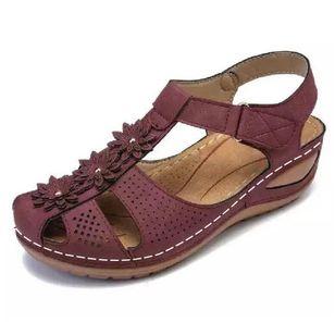 Women's Applique Closed Toe Wedge Heel Sandals_3