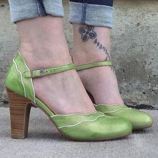 Women's Buckle Round Toe Chunky Heel Sandals_2