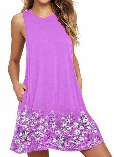 White Plus Size Tunic Floral Round Neckline Casual Pockets Plus Dress_4