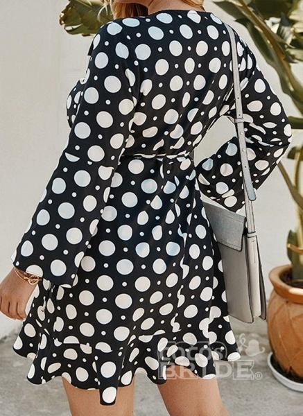 Yellow Plus Size Color Block V-Neckline Casual Maxi X-line Dress Plus Dress_2