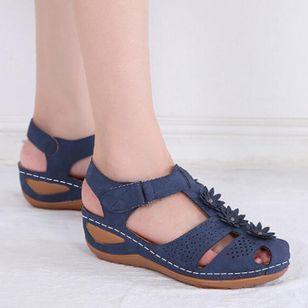Women's Applique Closed Toe Wedge Heel Sandals_6
