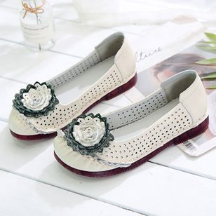 Women's Hollow-out Flower Closed Toe Round Toe Flat Heel Sandals_4