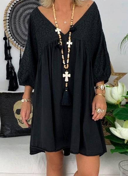 Black Plus Size Solid V-Neckline Casual Above Knee A-line Dress Plus Dress_2