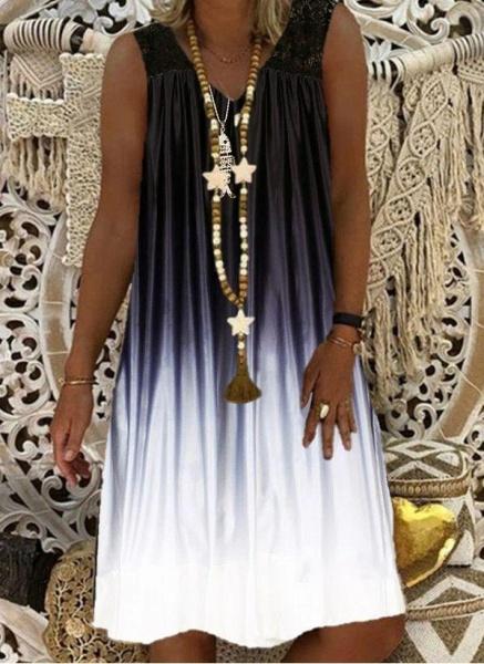 Burgundy Plus Size Tunic Color Block V-Neckline Casual Lace Plus Dress_2