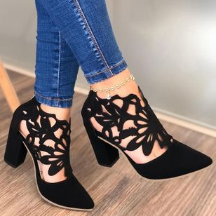 Women's Hollow-out Pointed Toe Heels Chunky Heel Sandals_1