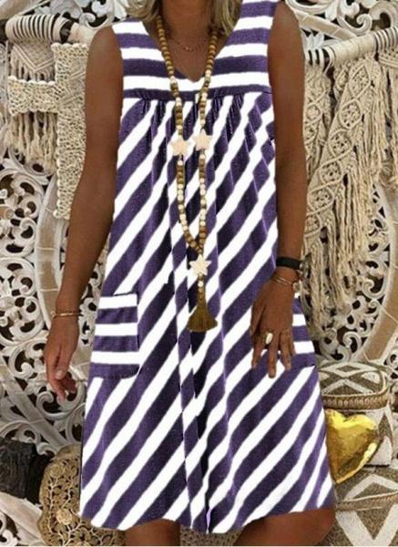 Brown Plus Size Tunic Stripe V-Neckline Casual Pockets Plus Dress_4
