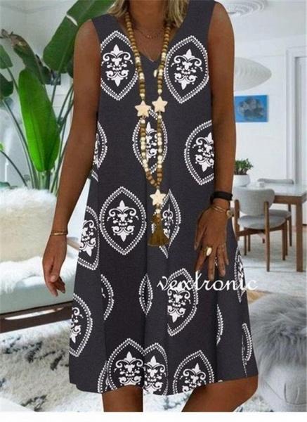Khaki Plus Size Tunic Color Block V-Neckline Casual Knee-Length Plus Dress_3