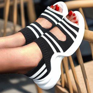 Women's Round Toe Nubuck Low Heel Sandals_1