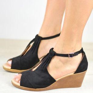 Women's Buckle Nubuck Wedge Heel Sandals_2