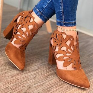 Women's Hollow-out Pointed Toe Heels Chunky Heel Sandals_4