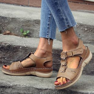 Women's Velcro Round Toe Nubuck Flat Heel Sandals_3