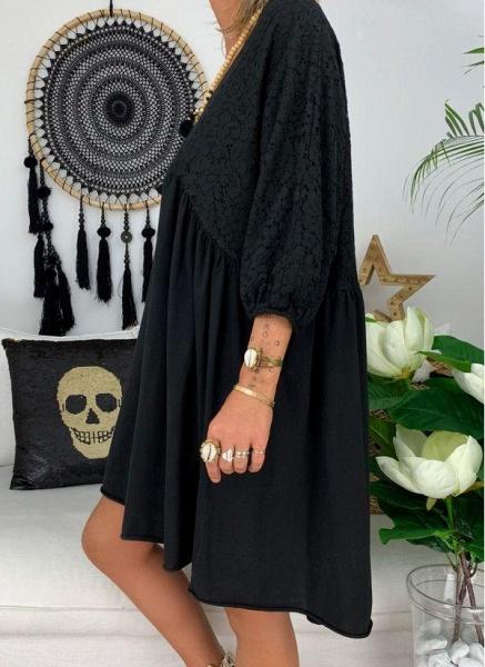 Black Plus Size Solid V-Neckline Casual Above Knee A-line Dress Plus Dress_4