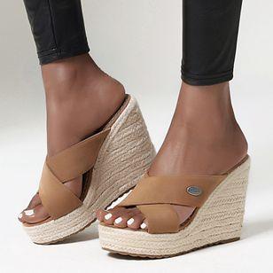 Women's Peep Toe Nubuck Wedge Heel Sandals_1