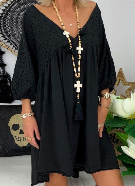 Black Plus Size Solid V-Neckline Casual Above Knee A-line Dress Plus Dress_7