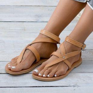 Women's Buckle Flip-Flops Flat Heel Sandals_4