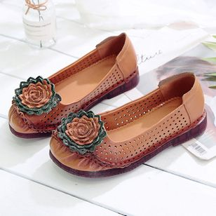 Women's Hollow-out Flower Closed Toe Round Toe Flat Heel Sandals_5