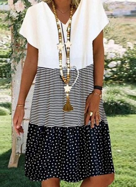 White Plus Size Tunic Color Block V-Neckline Casual Knee-Length Plus Dress_1