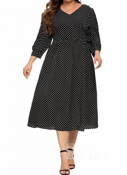 Black Plus Size Color Block V-Neckline Casual Ruffles Midi Plus Dress_3