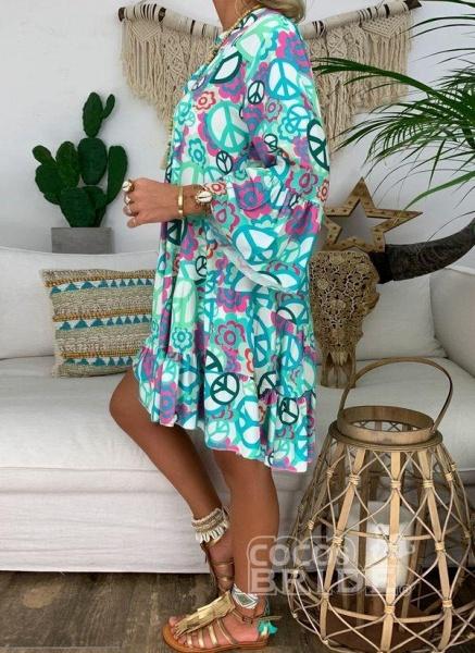 Blue Plus Size Peasant Floral V-Neckline Boho Above Knee Plus Dress_5