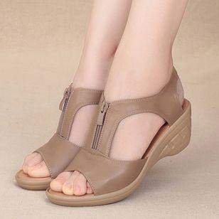 Women's Peep Toe Low Heel Sandals_1