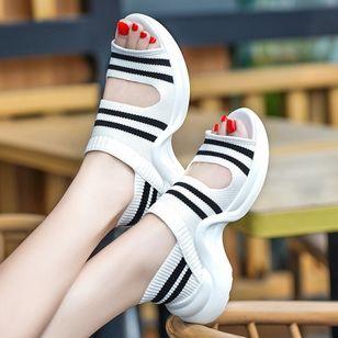 Women's Peep Toe Fabric Low Heel Sandals_2
