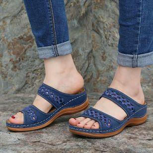 Women's Hollow-out Flats Low Heel Sandals_1