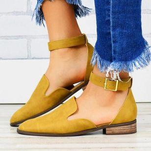 Women's Buckle Closed Toe Low Heel Sandals_1