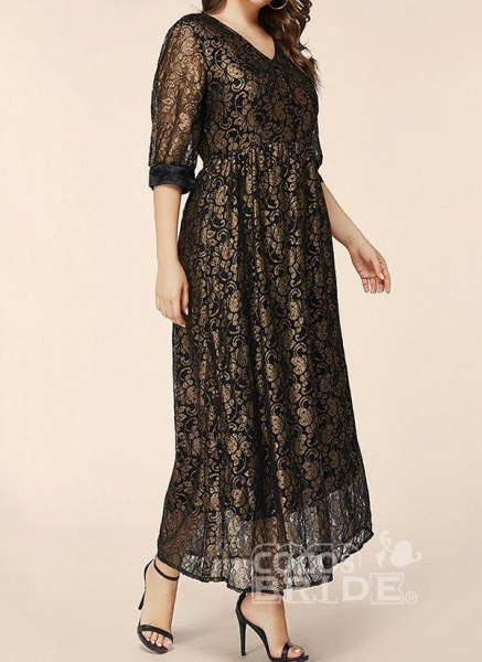 Black Plus Size Floral V-Neckline Elegant Lace Maxi Plus Dress_2
