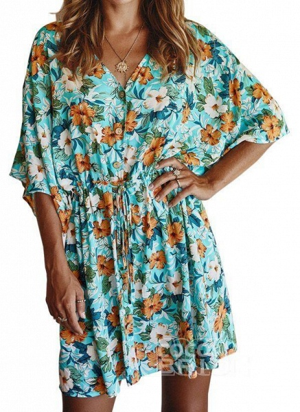 Yellow Plus Size Floral V-Neckline Casual Ruffles Above Knee Plus Dress_5