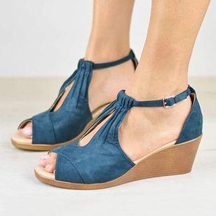 Women's Buckle Nubuck Wedge Heel Sandals_4