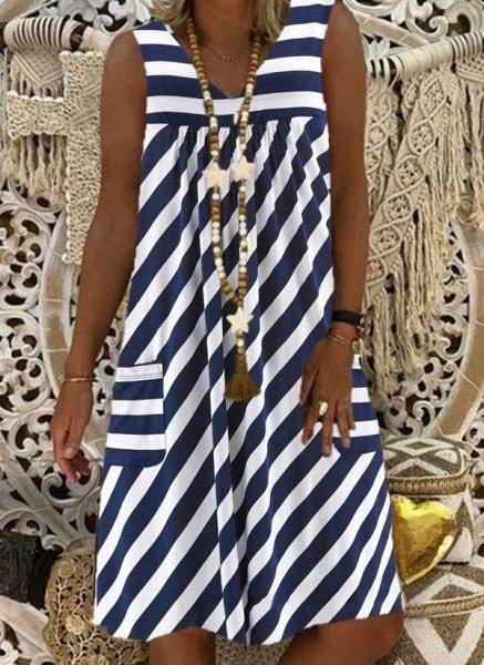 Brown Plus Size Tunic Stripe V-Neckline Casual Pockets Plus Dress_3