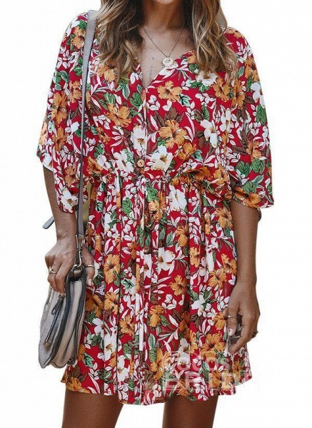 Yellow Plus Size Floral V-Neckline Casual Ruffles Above Knee Plus Dress_6