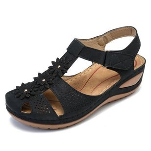 Women's Flower Slingbacks Nubuck Flat Heel Sandals_4