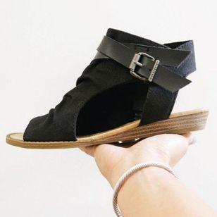 Women's Buckle Zipper High Top Flat Heel Sandals_5