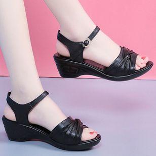 Women's Buckle Slingbacks Low Heel Sandals_4