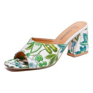 Women's Flower Heels Chunky Heel Sandals_7