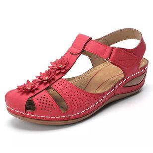 Women's Applique Closed Toe Wedge Heel Sandals_4