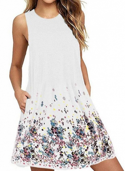 White Plus Size Tunic Floral Round Neckline Casual Pockets Plus Dress_1