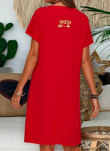 Red Plus Size Tunic Solid V-Neckline Casual Knee-Length Plus Dress_2