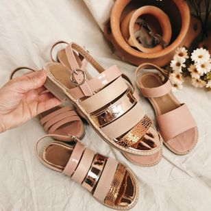Women's Buckle Round Toe Flat Heel Sandals_5